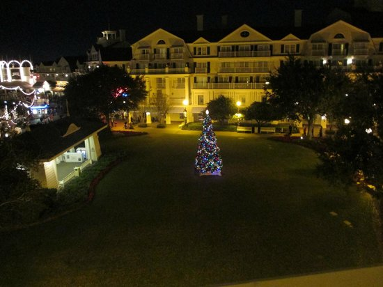 Disney's BoardWalk Villas: Christmas Tree outside of room!