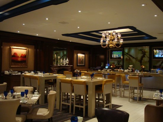 The Henry, Autograph Collection: Hotel restraunt/bar - Tria