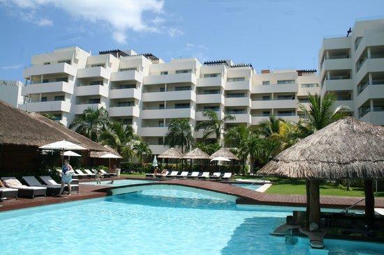 Privilege Aluxes : hotel