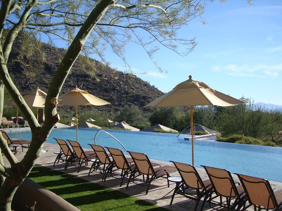The Ritz-Carlton Dove Mountain: One of the pools