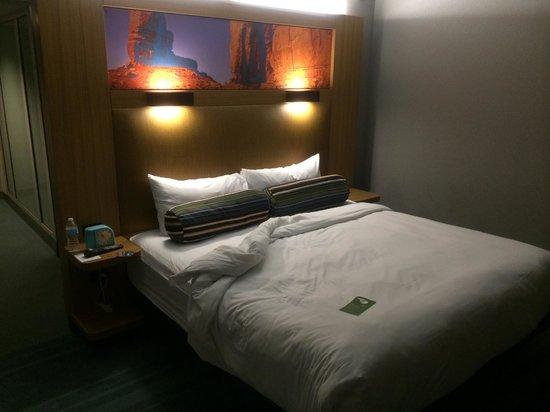Aloft Tucson University: Room