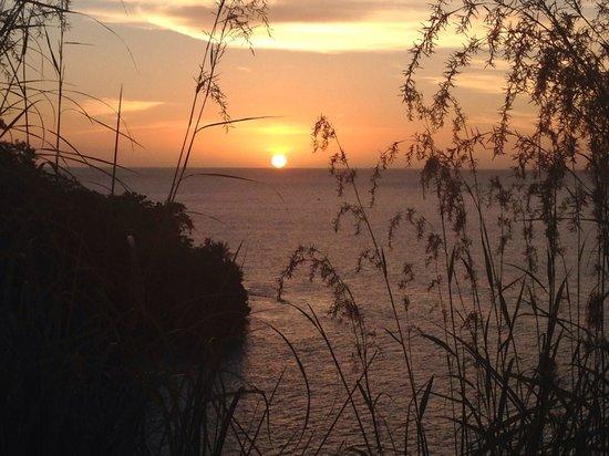 Portsmouth, โดมินิกา: Sunset on sunset deck