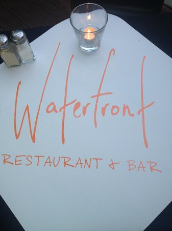 Waterfront Restaurant & Bar: Classy, Funky & AWESOME!