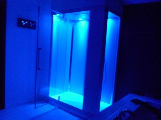 Hotel La Villa Resort: doccia emozionale