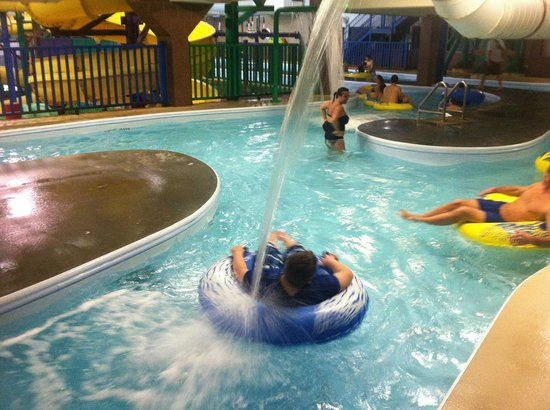 Castle Rock Resort & Waterpark: Lazy river