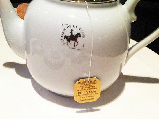 Le Pavillon de la Reine : Tea time