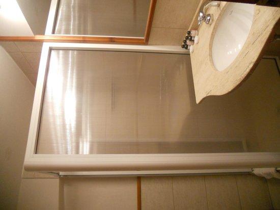 Las Marianas Hotel : baño