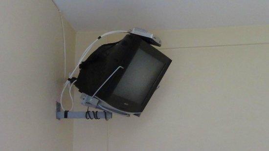 Hotel Beija Flor: Televisão