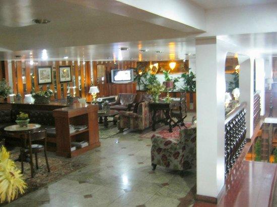 Hotel York: Vista do Saguão II