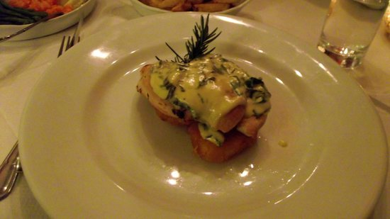 The Dining Room: Lemon Chicken with mascarpone cheese sauce