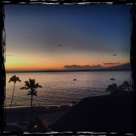 Royal Lahaina Resort: Room view 9006