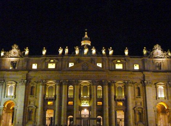 Borgo Pio 91: Saint Peter's  by night
