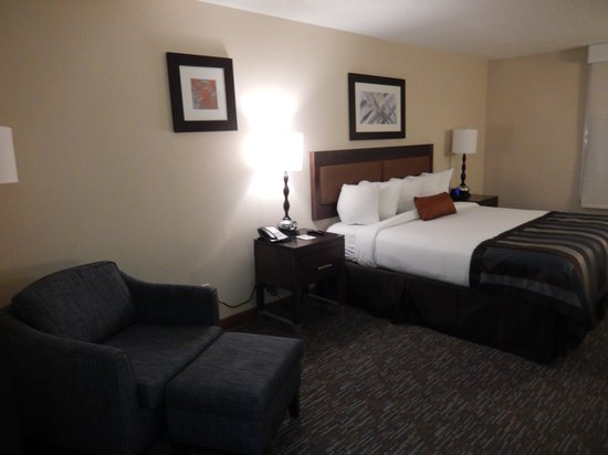 Wingate by Wyndham Chattanooga : View of main room