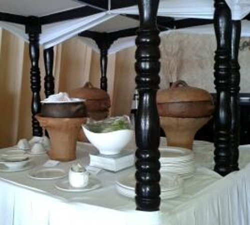 Royal St Lucia Resort and Spa : heritage comes alive...cocoa tea, saltfish souse, bakes
