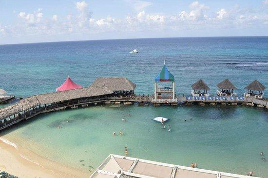 Sandals Ochi Beach Resort: Beautiful Resort