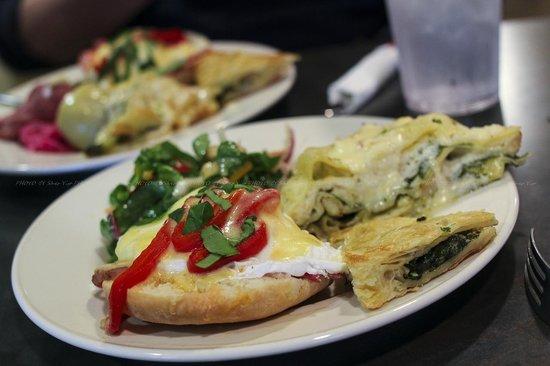 Terra Cafe: brunch buffet