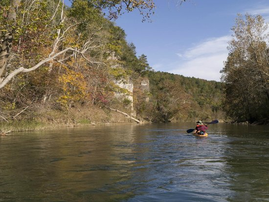 Eminence Cottages & Campground: Floating on the Current River between Williams Landing and Two Rivers