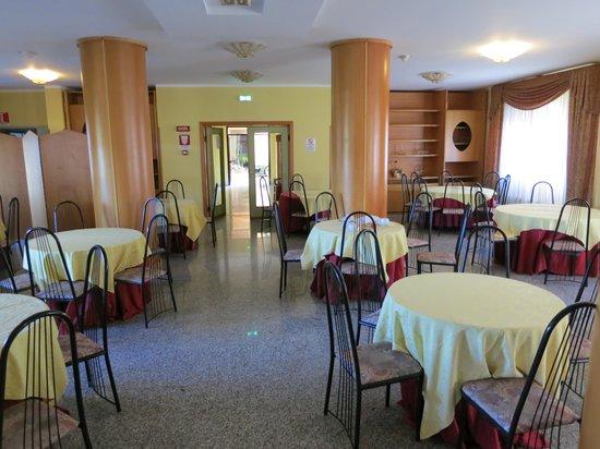 Hotel Ristorante San Gerardo - Da Rosa Resort: Restaurant and breakfast room