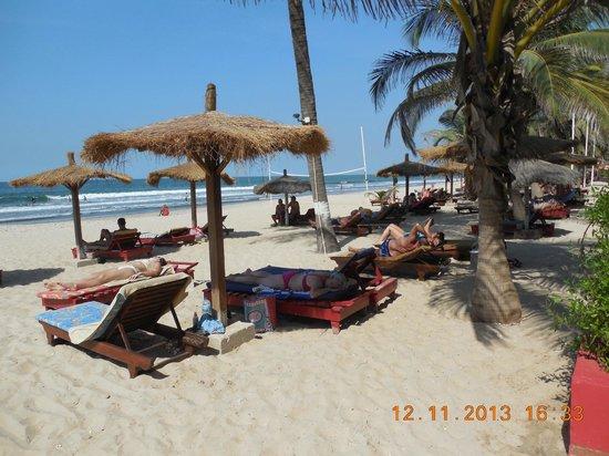Kombo Beach Hotel: plaża