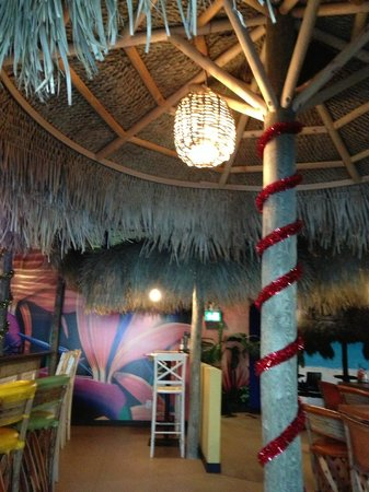 Las Palapas Resort Grill: Ready for the holidays