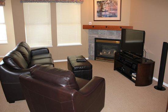 Silver Creek Lodge: Executive Living Room