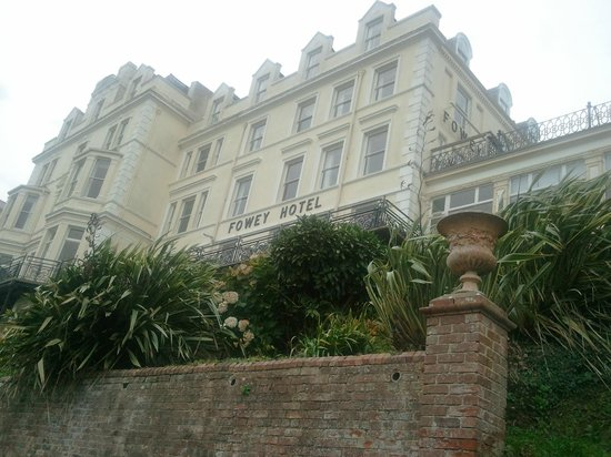 The Fowey Hotel: From the lower Gardens