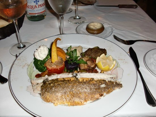 L'Auberge Gourmande: Whole Sea Bass