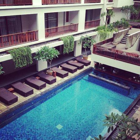 The Magani Hotel and Spa: Hotel pool