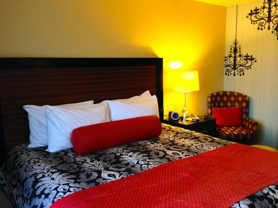 The Maxwell Hotel - A Staypineapple Hotel : King Rooms Details
