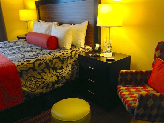 The Maxwell Hotel - A Staypineapple Hotel: Kings Room Details