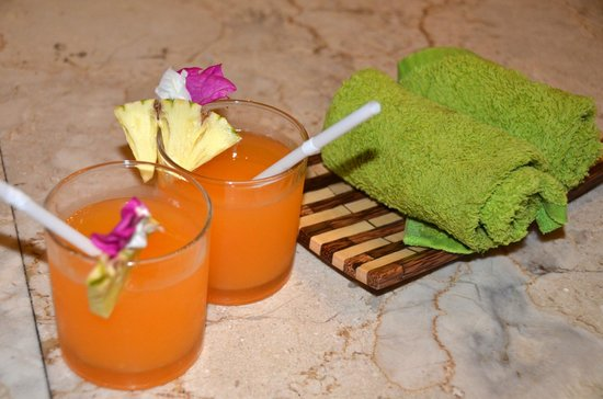 Aneka Lovina Villas & Spa: Welcome drinks