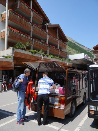 BELLERIVE - CHIC HIDEAWAY: Bellerive electric van picking us up at train station in Zermatt