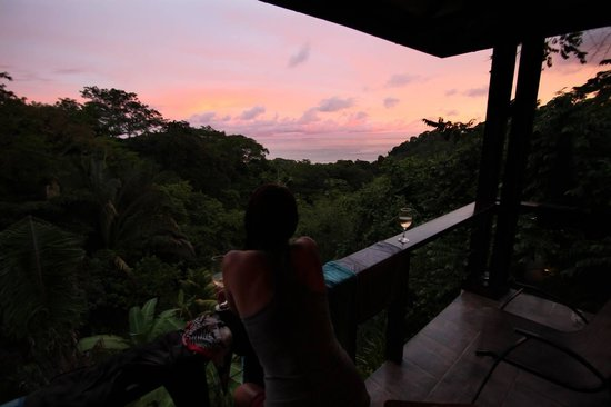 TikiVillas Rainforest Lodge: View from our balcony