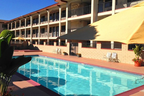 Artesia Inn Suites