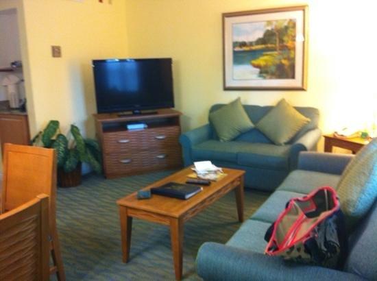 Blue Tree Resort at Lake Buena Vista: living