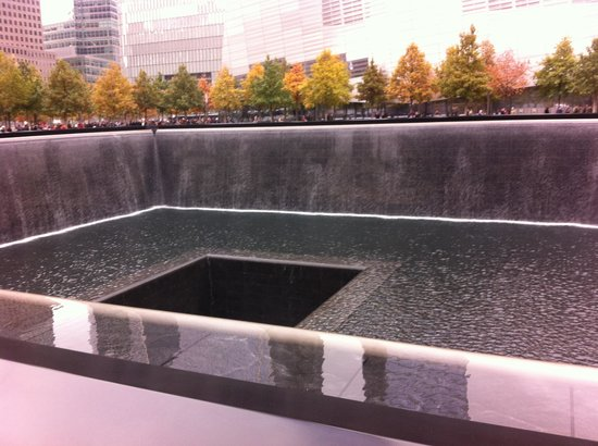 National September 11 Memorial und Museum: Hard to Believe