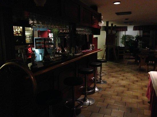 Hotel Santalahti: Бар