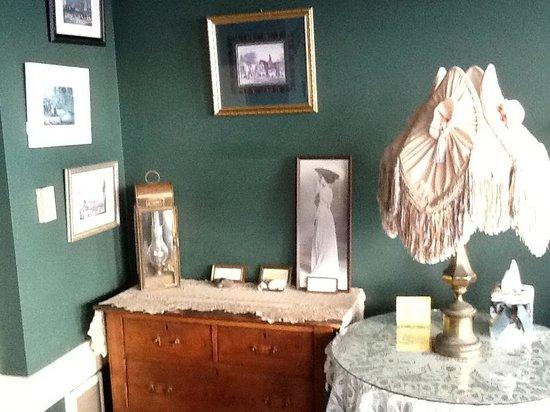 Sylvia Beach Hotel: Agatha Christie room