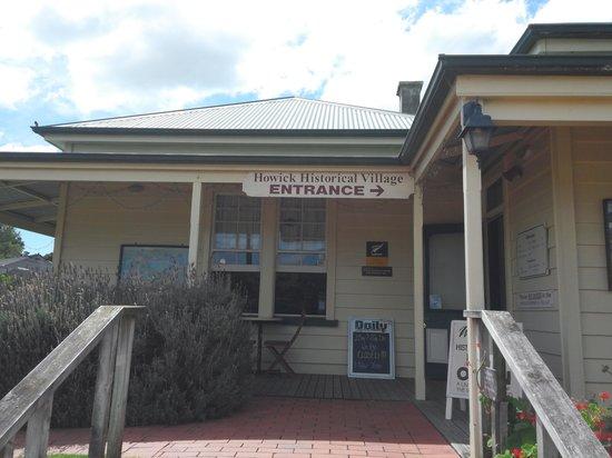 Howick Historical Village: entrance