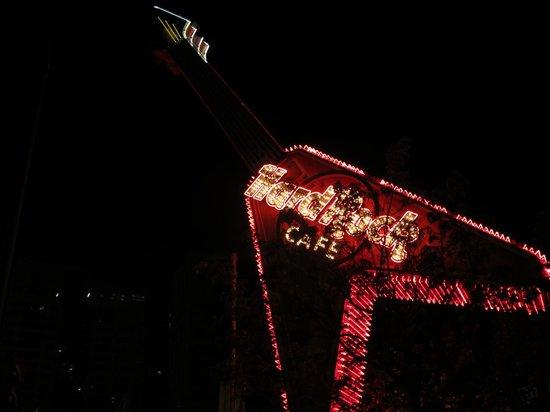 Hard Rock Cafe: HRC Chicago.