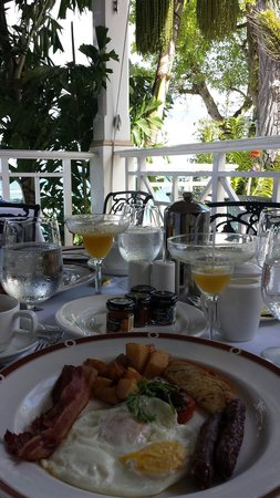 Sandals Royal Plantation: Breakfast.