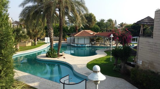 Palm Beach Hotel & Bungalows: pool 2
