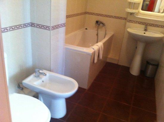 Premier Compass Hotel Odessa: ванная