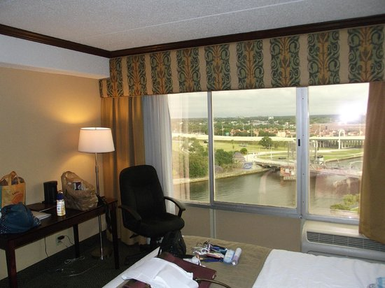 The Barrymore Hotel Tampa Riverwalk : Very nice view from room