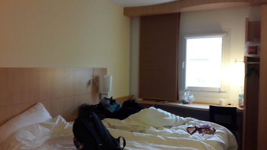 Ibis Praha Old Town: part of the room