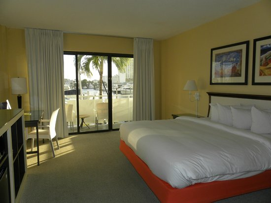 Bahia Mar Fort Lauderdale Beach - a Doubletree by Hilton Hotel : Номер