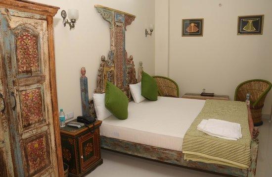 Little Ganesha Inn
