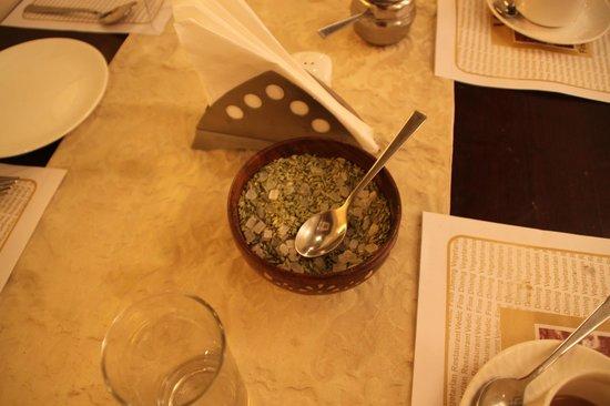 Vedic Vegetarian Restaurant: Супчик