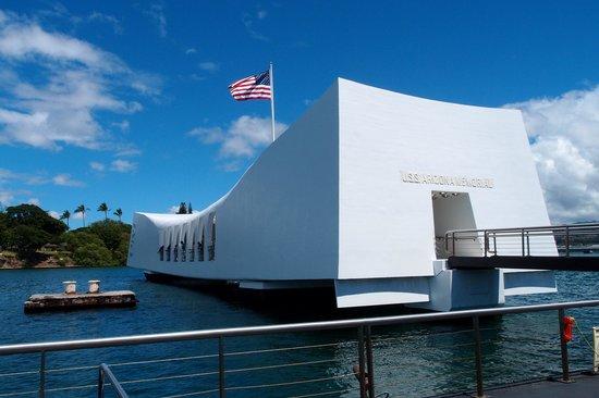 USS Arizona Memorial/WW II Valor in the Pacific National Monument : 船からとったものです、入れ替え制