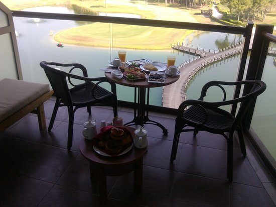 Sueno Hotels Golf Belek: İlk gün oda kahv. manzaraya karşı